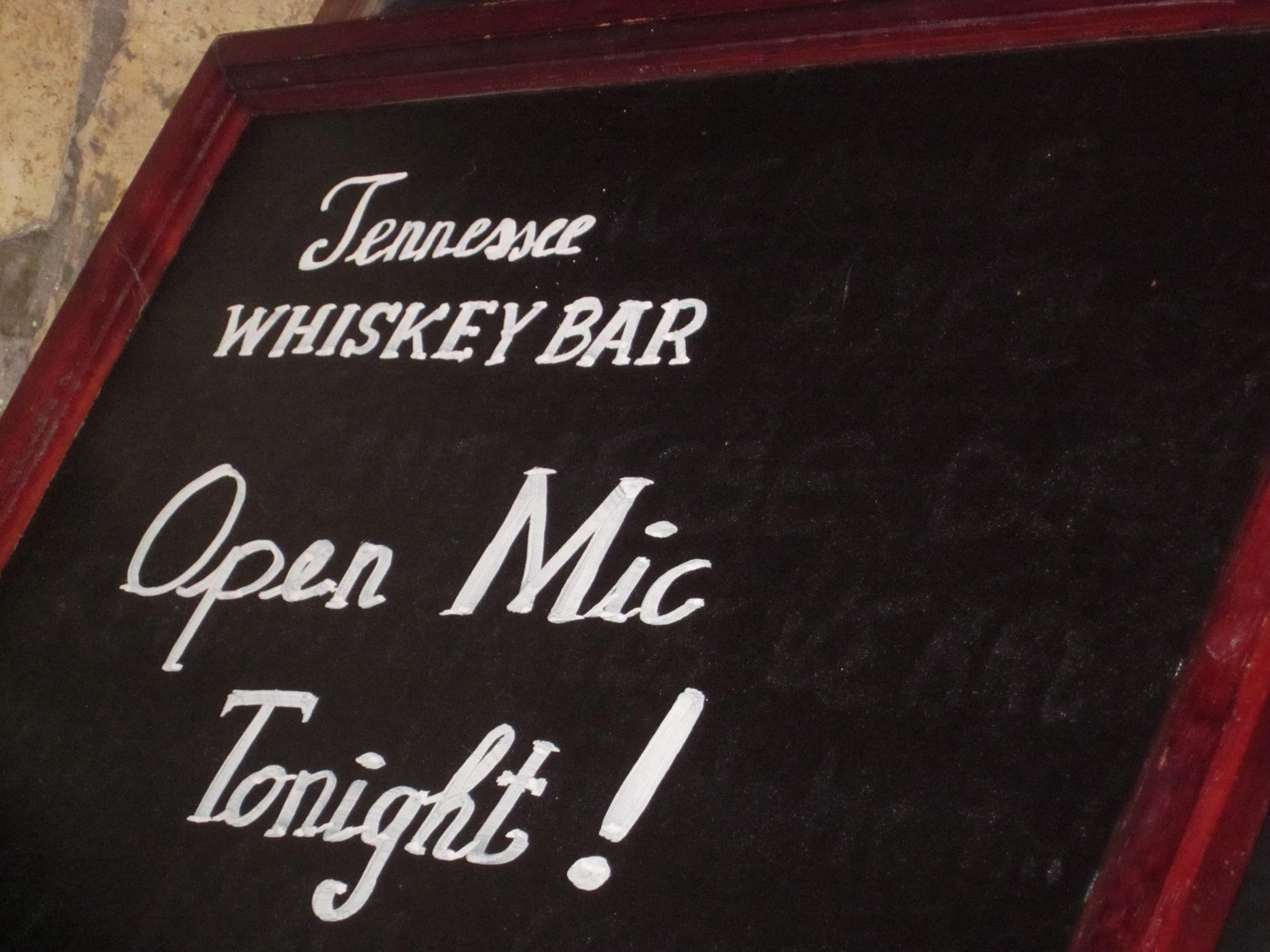 The End of the Tennessee Bar Open Mic in Paris | Brad Spurgeon\'s Blog