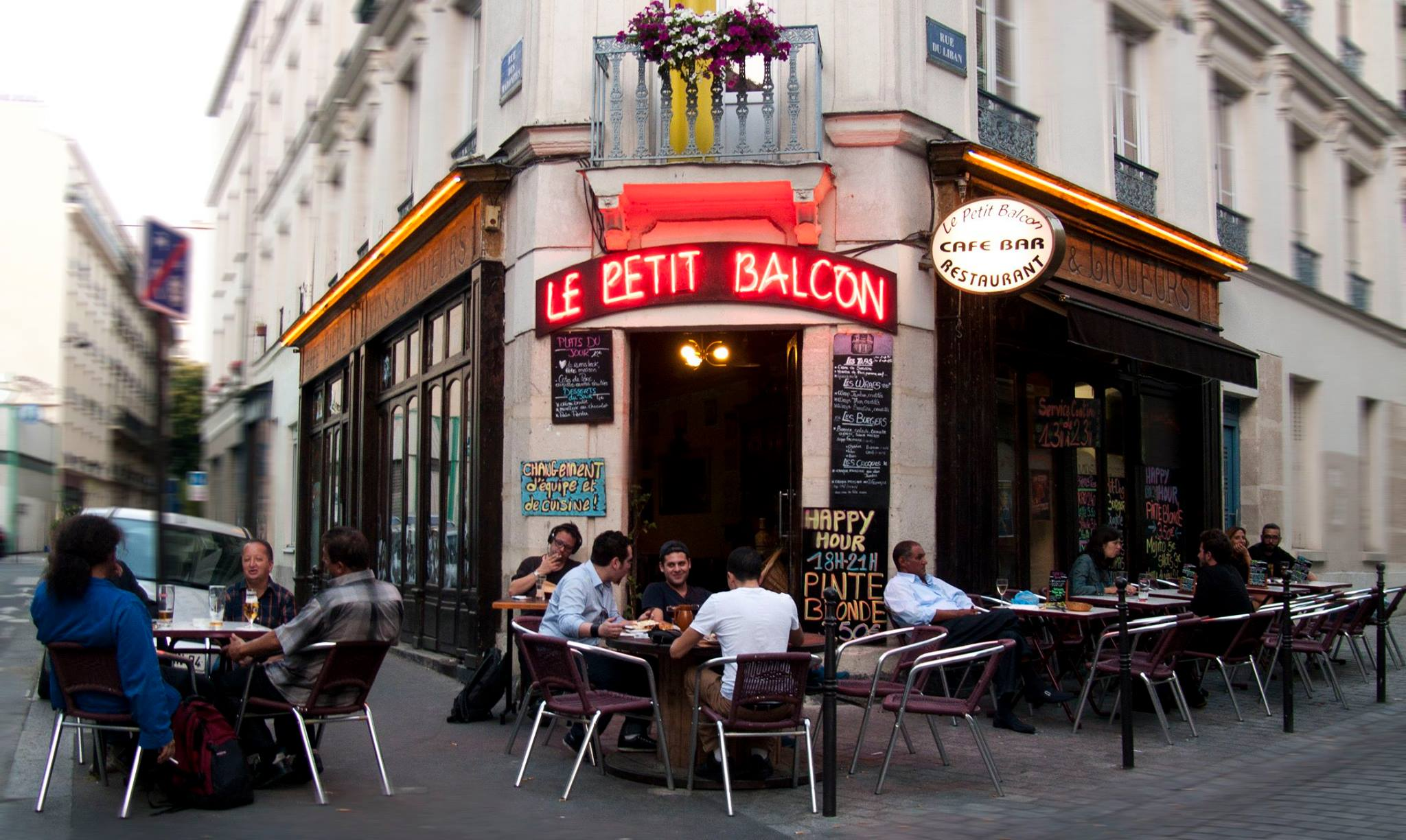Le Petit Balcon le petit balcon (bar paris) | brad spurgeon's blog