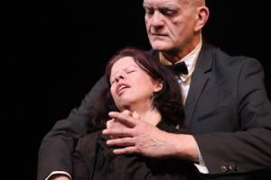 Auriane Vivien and Denis Taffanel in Si Ce N'est Toi.