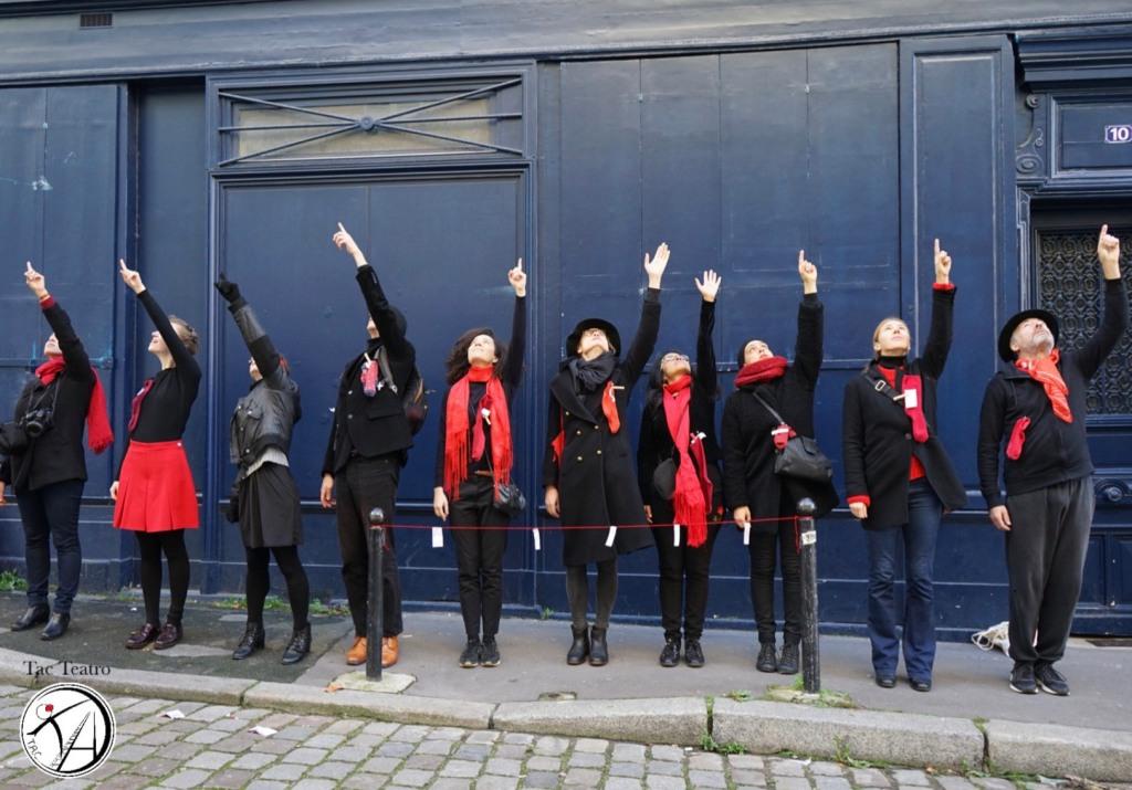 TAC Teatro in Les Chaussettes Rouges